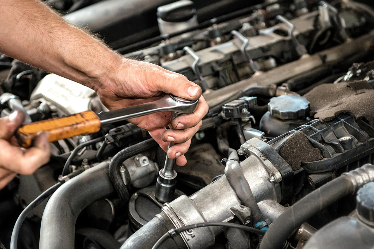 6 Signs Your Car Needs a Service